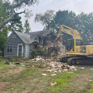 Town Crews Demolish Hazardous Zombie Home in Plainview