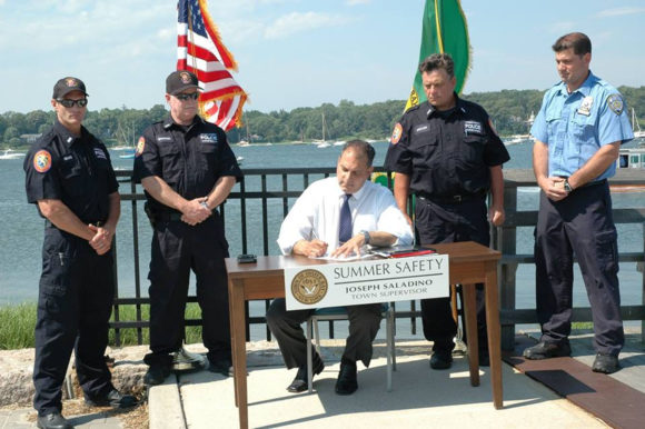 Supervisor Signs Order to Make Our Waters Safer This Holiday