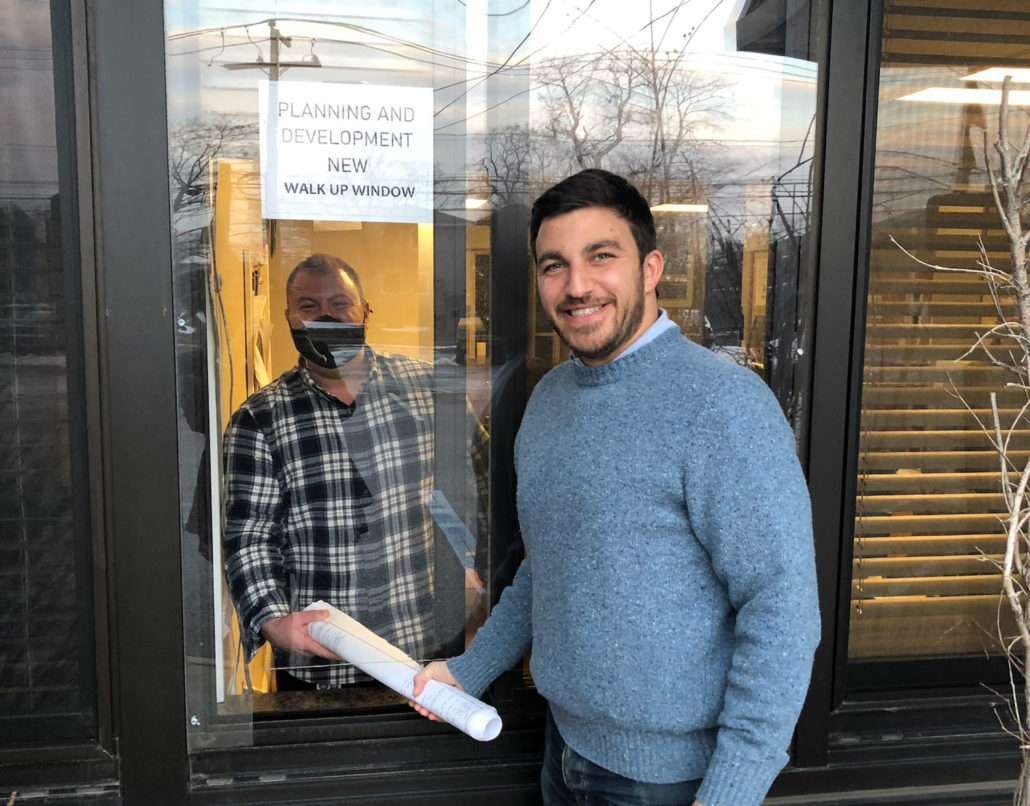 Building Department Opens Walk-Up Window Services for Residents at Town Hall South